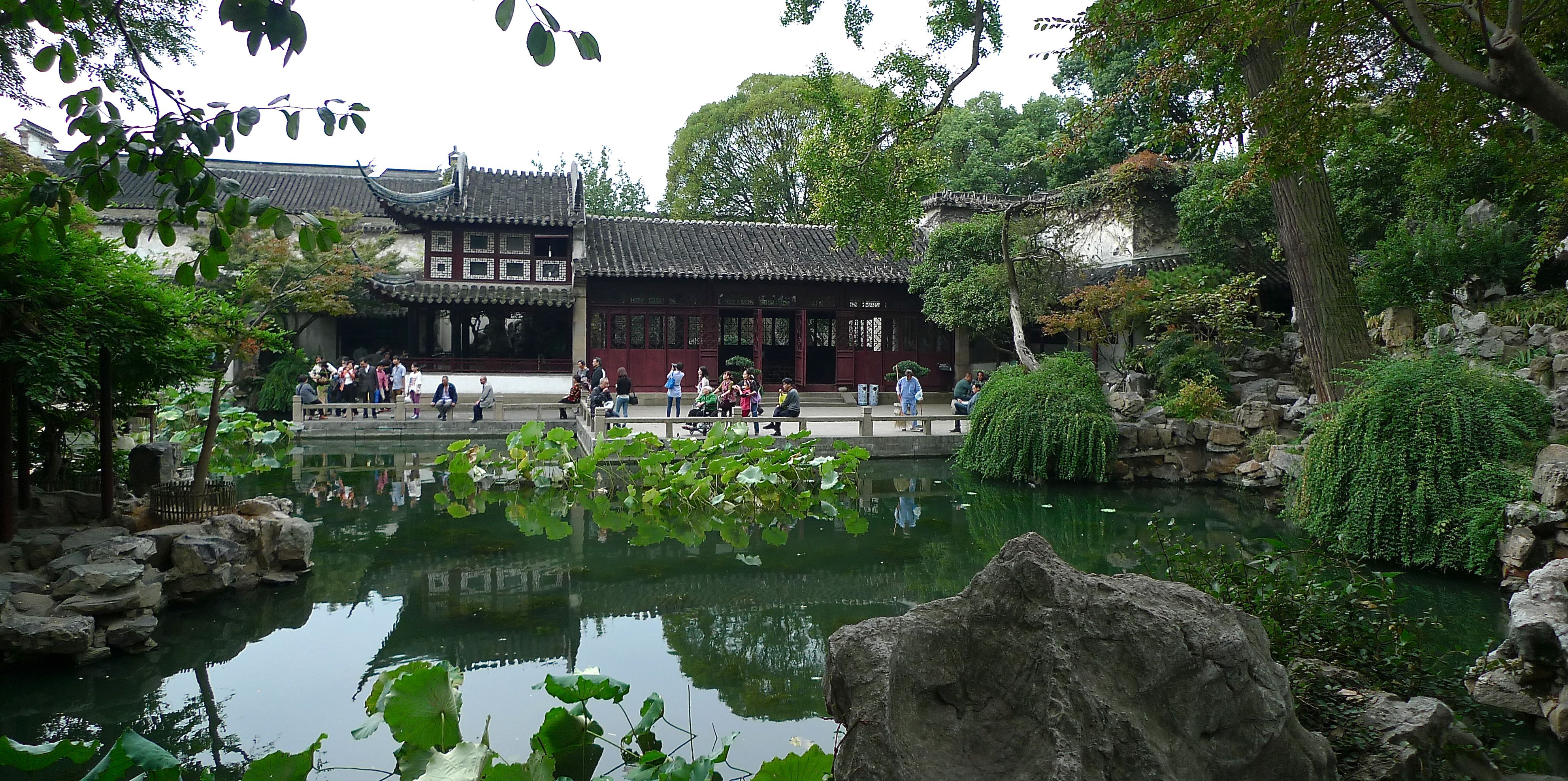Classical Chinese Lingering Garden