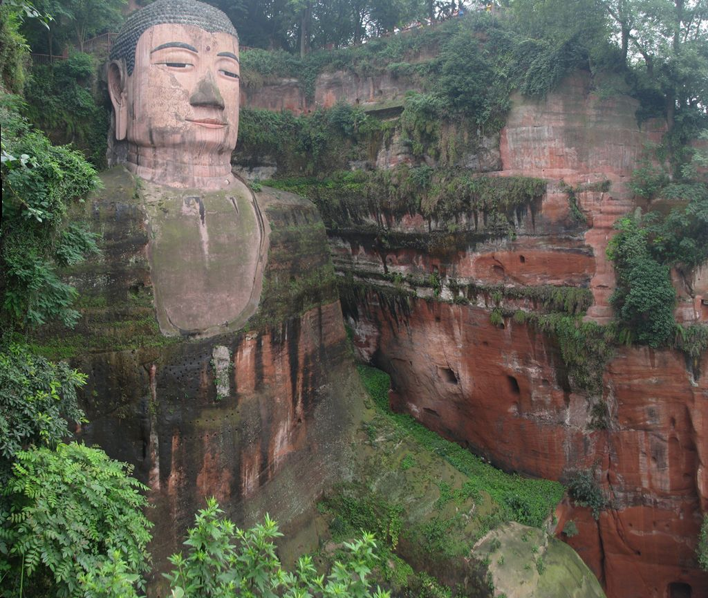 Leshan City Giant Statue